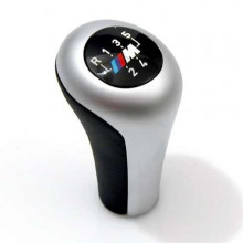 Gearshift knob,leather/M plaque/5-speed
